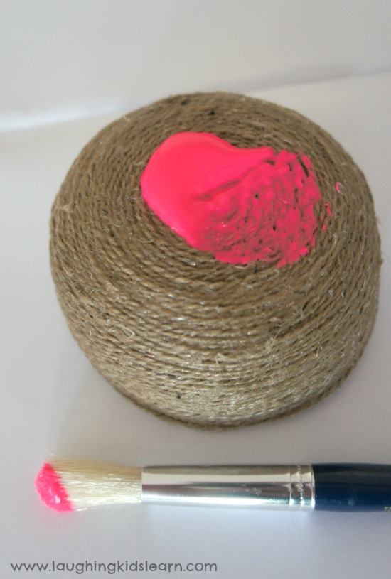 Painting your handmade string bowl
