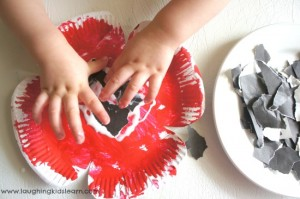Anzac Day poppy craft made from paper plates