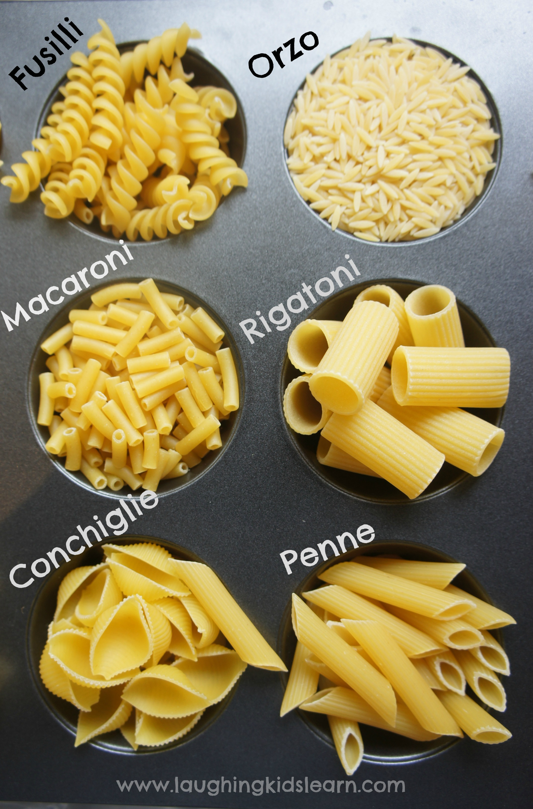 How to colour pasta for play - Laughing Kids Learn