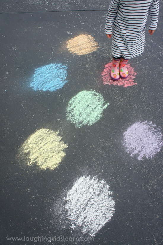 activity for learning about colour and colours. Great for toddlers and preschoolers