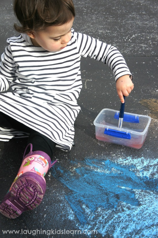 Activity using chalk and water to learn about colours