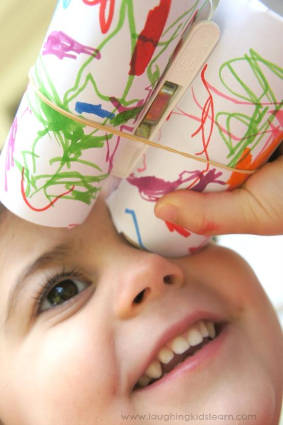 DIY toddler binoculoar craft using toilet paper rolls