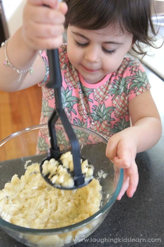 Mashing bananas for recipe