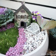 Gorgeous and simple fairy garden