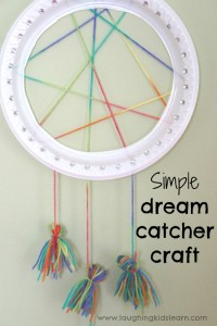 Simple dream catcher craft for kids