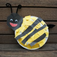 Paper plate bee craft activity