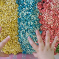 How to make rainbow oats for sensory play