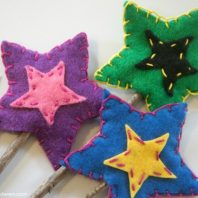 How to make felt star wands that are easy to make and lovely to give as a gift from a child.