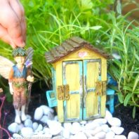 How to make an edible herb fairy garden at home with kids