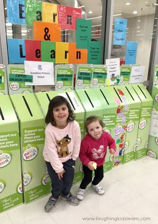 children at woolworths earn and learn boxes