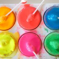 paint pots with cotton q-tips to use for kids to paint with