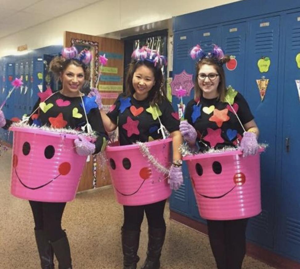 Teacher group costume ideas happiness bucket