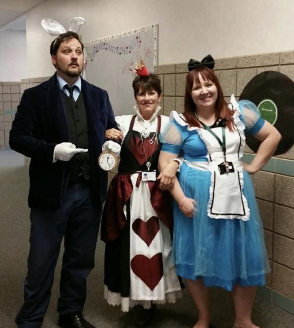 teacher group costume ideas alice in wonderland