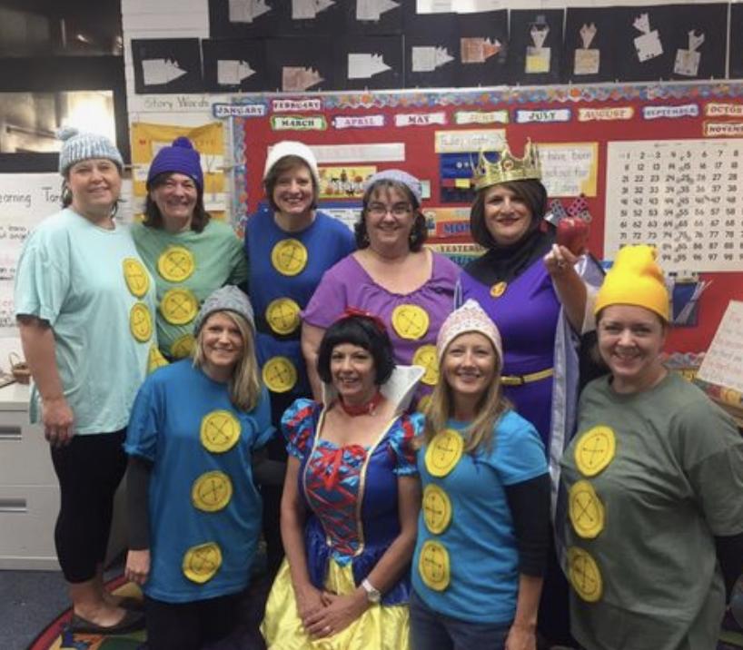 teacher group costume ideas snow white