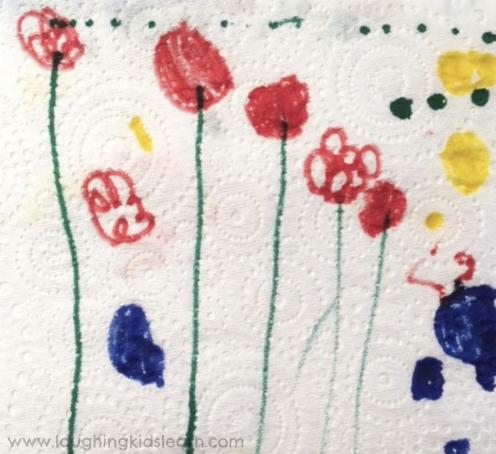 dry paper towel art of flowers