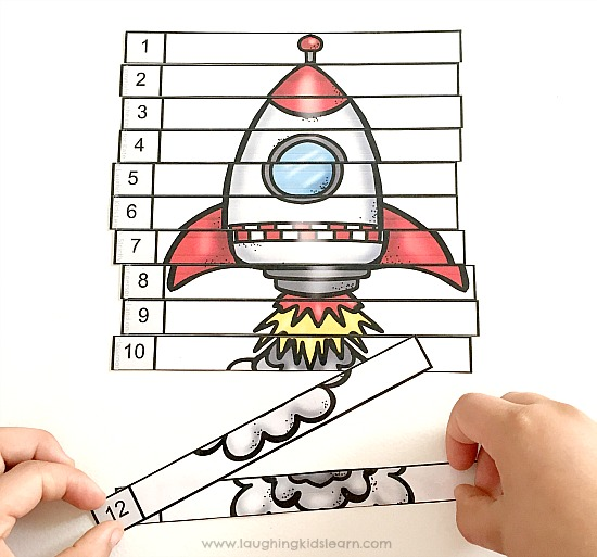 Rocket puzzle for skip counting and multiplication. Great for children who love space theme.