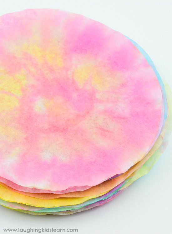 beautiful dried coffee filters to make coffee filter buttierflies. #coffeefilter #coffeefiltercrafts #coffeefilterbutterflies #coffeefilterbutterflycrafts #pipecleaners #finemotor #finemotorskills #craftideasforkids #kbn #simplecraftideas #simplecraft #butterflies #butterflies #papercraft #waterpaints #waterpaintingwithkids #makeabutterfly #butterflycrafts #butterflycraftideas #rainforestcraft