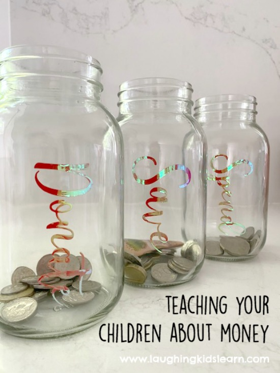 Teaching children about money with jars. Teaching children about money with spend, save and donate jars and labels using a cricut maker. #cricut #cricutmaker #cricutproject #cricutlabels #cricutlabel #howtocricut #teachkidsmoney #kidsmoney #pocketmonkey #moneybox #moneyboxes
