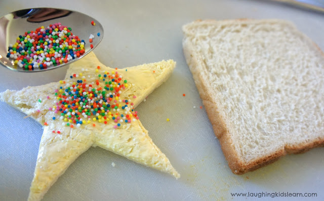 How to make a window sandwich as food for children's birthday parties. Laughing Kids Learn