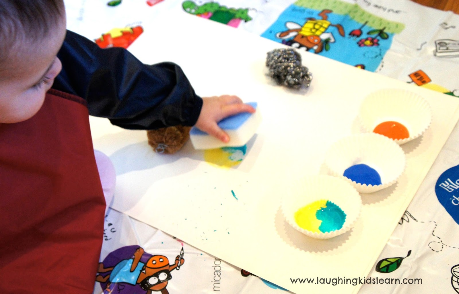 Painting with Kitchen Scrubbers - Laughing Kids Learn